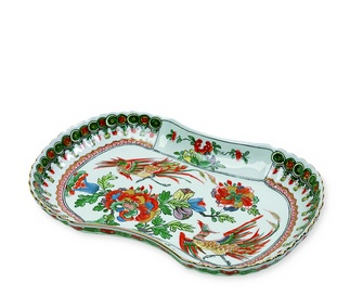 <p>Replica<br />Porcelain<br /><em>Qing</em> dynasty, <em>Kangxi</em> period, 1662-1722</p>