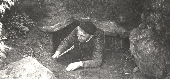 Georg Leisner at the entrance of a cave in Gandal
