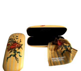 <p>Adaptation<br />18th century</p>